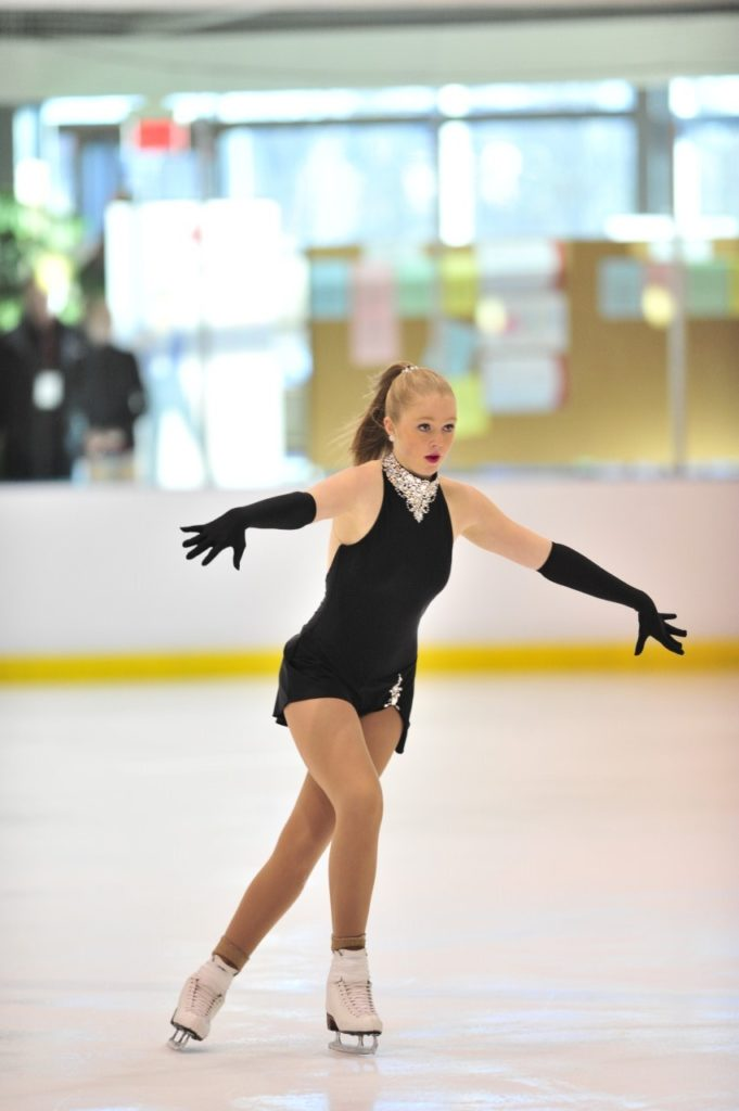 patin robe noire